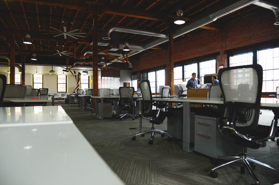 m_space-desk-workspace-coworking