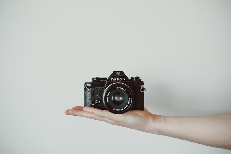 【脱スマホ】旅と日常のカメラ選びとおすすめ(一眼レフ/ミラーレス)